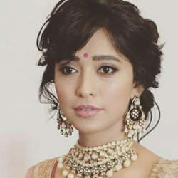 Sayani Gupta 20