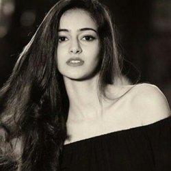Ananya Pandey 13