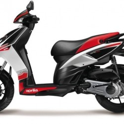 Aprilia SR 150 -
