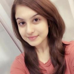 Tunisha Sharma 8