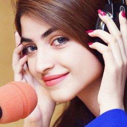Cute Kinza Hashmi (96)