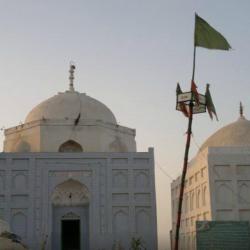 Adam Shah's Tomb 1