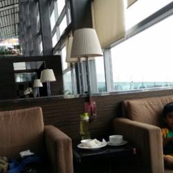 Plaza Premium Lounge 1