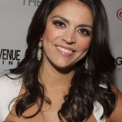 Cecily Strong 6