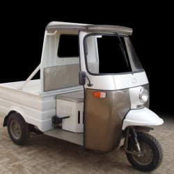 Sazgar CNG Deluxe 7 Seater Rickshaw Price in Pakistan Specification