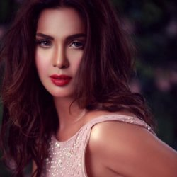 Saima Azhar 2