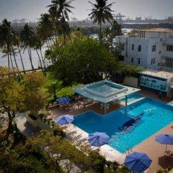 Beach-Luxury-Swimmingpool1