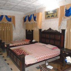 Decent Lodge Guest House 1