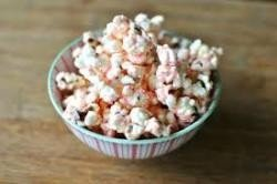Winter Wonderful White Chocolate Popcorn 1