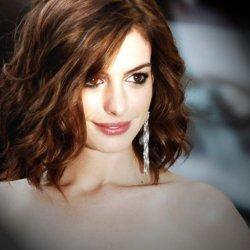 Anne Hathaway 15