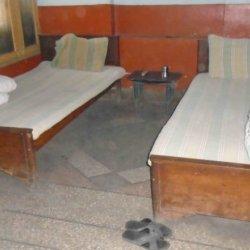 Gulshan Kashmire Hotel Double Bedroom