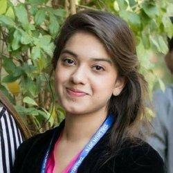 Arisha Razi 23