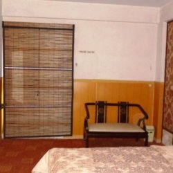 Holiday Express Inn Master Bedroom