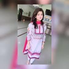 Dr Zainab Sikander
