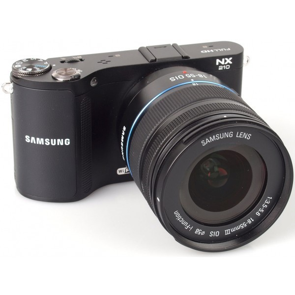 Samsung NX210 18-55mm Camera