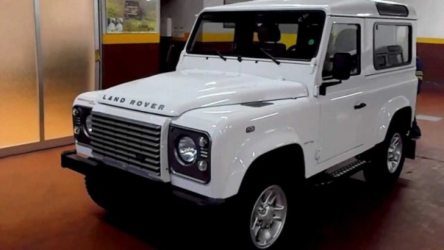 Land Rover Defender 90 SW (2017)