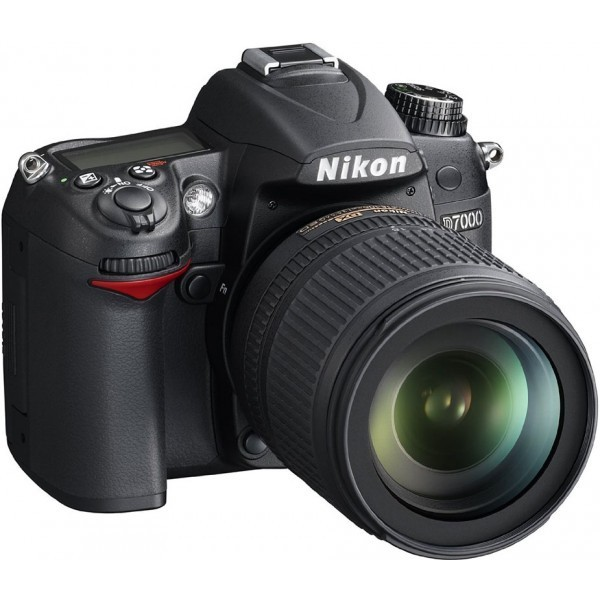 Nikon D7000 With 18-105- mm Lense camera