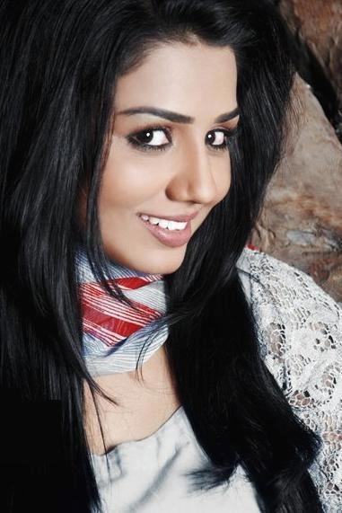 Yasmin Huq