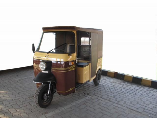Sazgar Deluxe Mini Cab 4 Stroke CNG