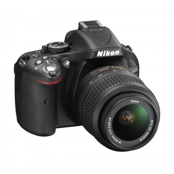 Nikon D5200 18-55-mm camera