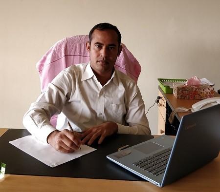 Dr. Professor Parvez Mannan