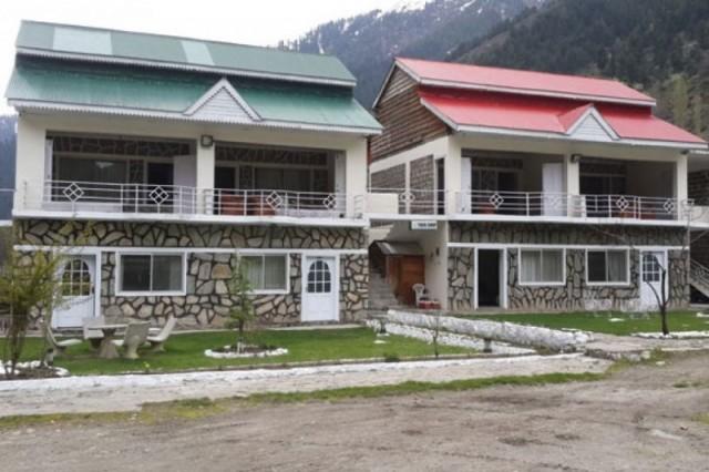 Parhena Cottages
