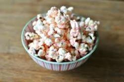 Winter Wonderful White Chocolate Popcorn