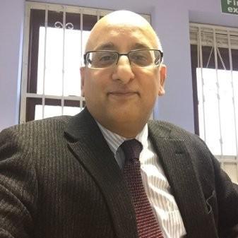 Dr. Irfan Majeed