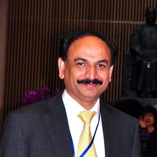 Dr. Masood Sadiq