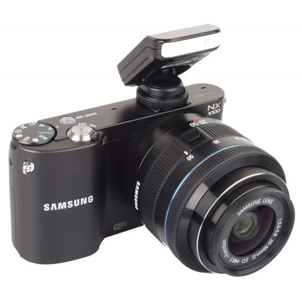 Samsung NX1000 20-50mm Camera