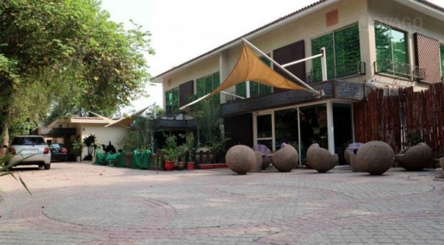 Oasis Residency