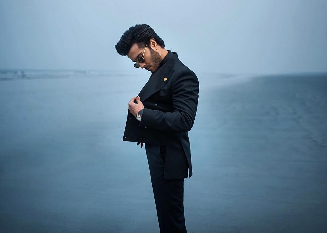 Feroze Khan Biography, Movies, Dramas, Height, Age, Family