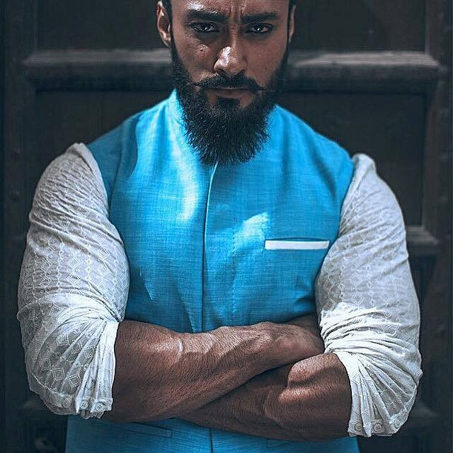 Umair Jaswal Biography Dramas Movies Height Age