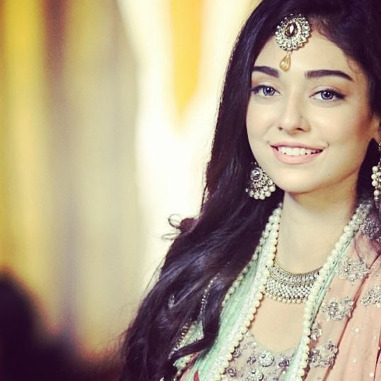 Noor Khan Biography Dramas Height Age Family Net Worth
